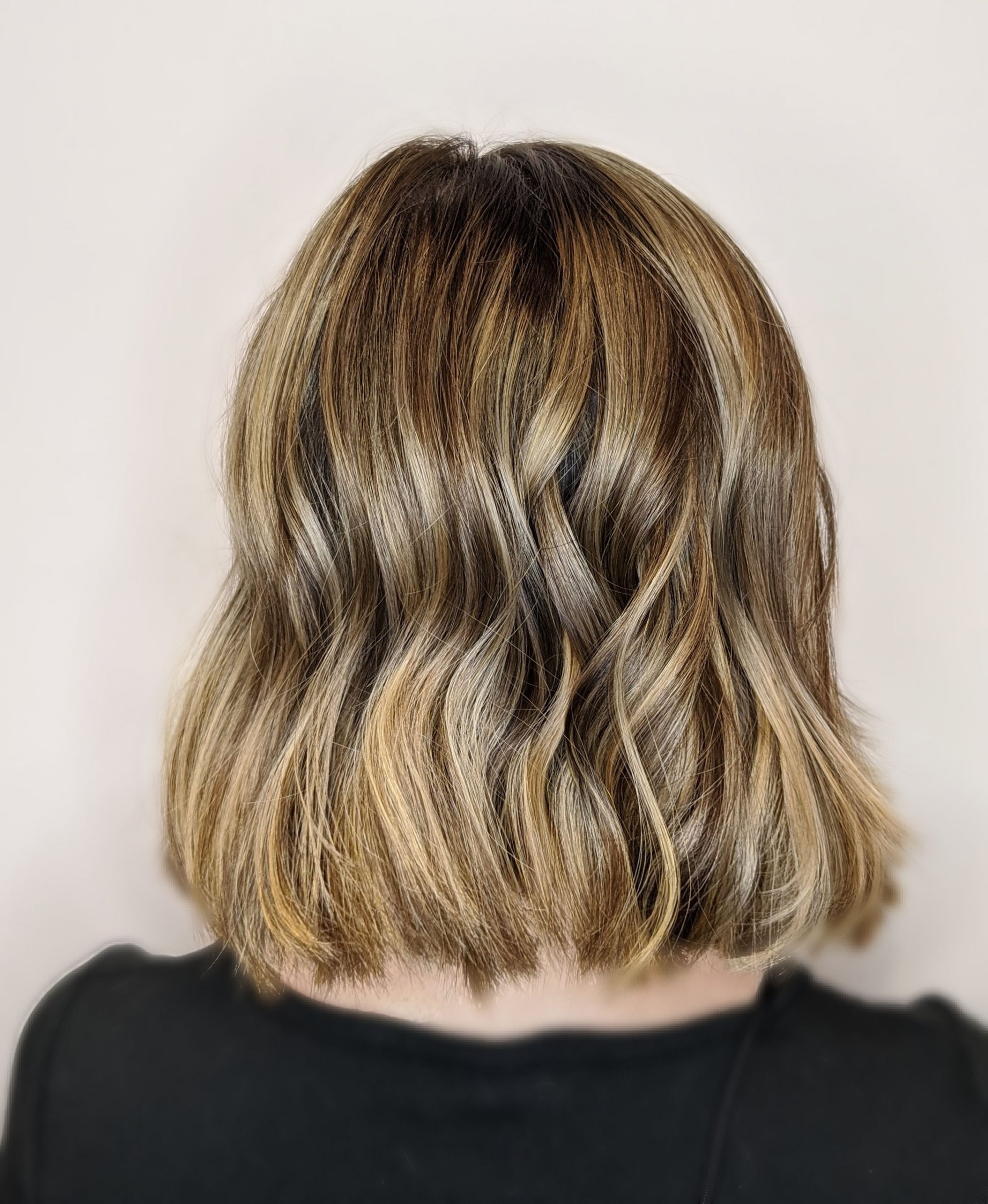 ash-blonde-highlights-salon