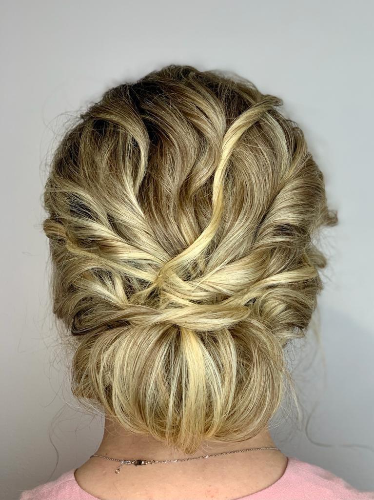 bridal-hair-bun-chicago