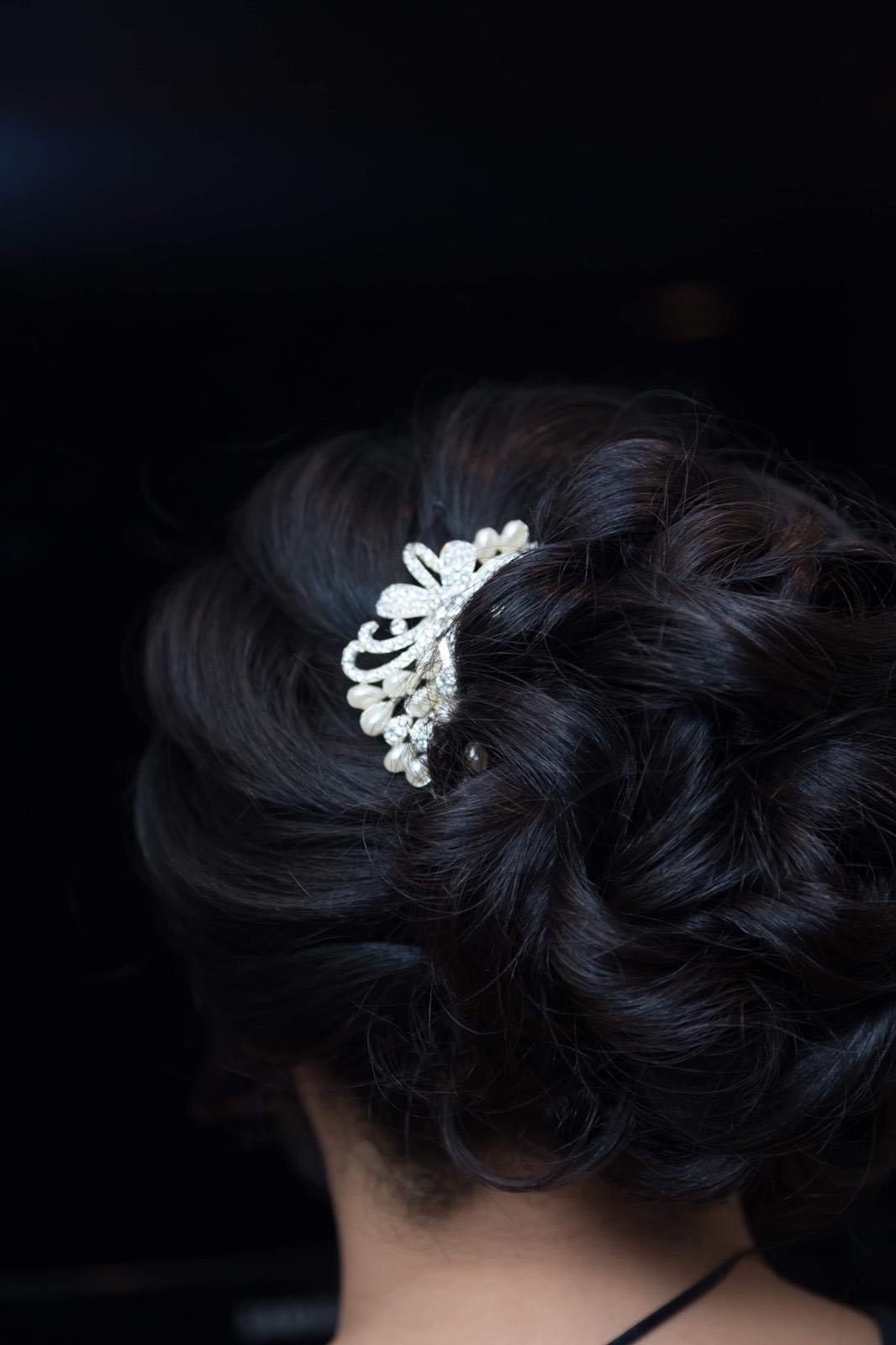 bridal-hair-up-chicago