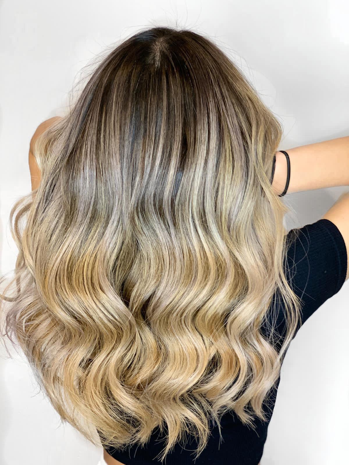 brown-to-blonde-balayage