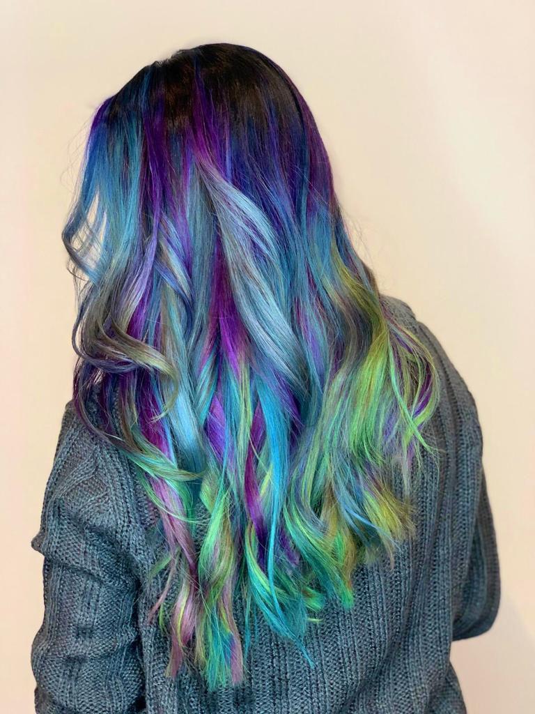 funky-rainbow-ombre-chicago-salon