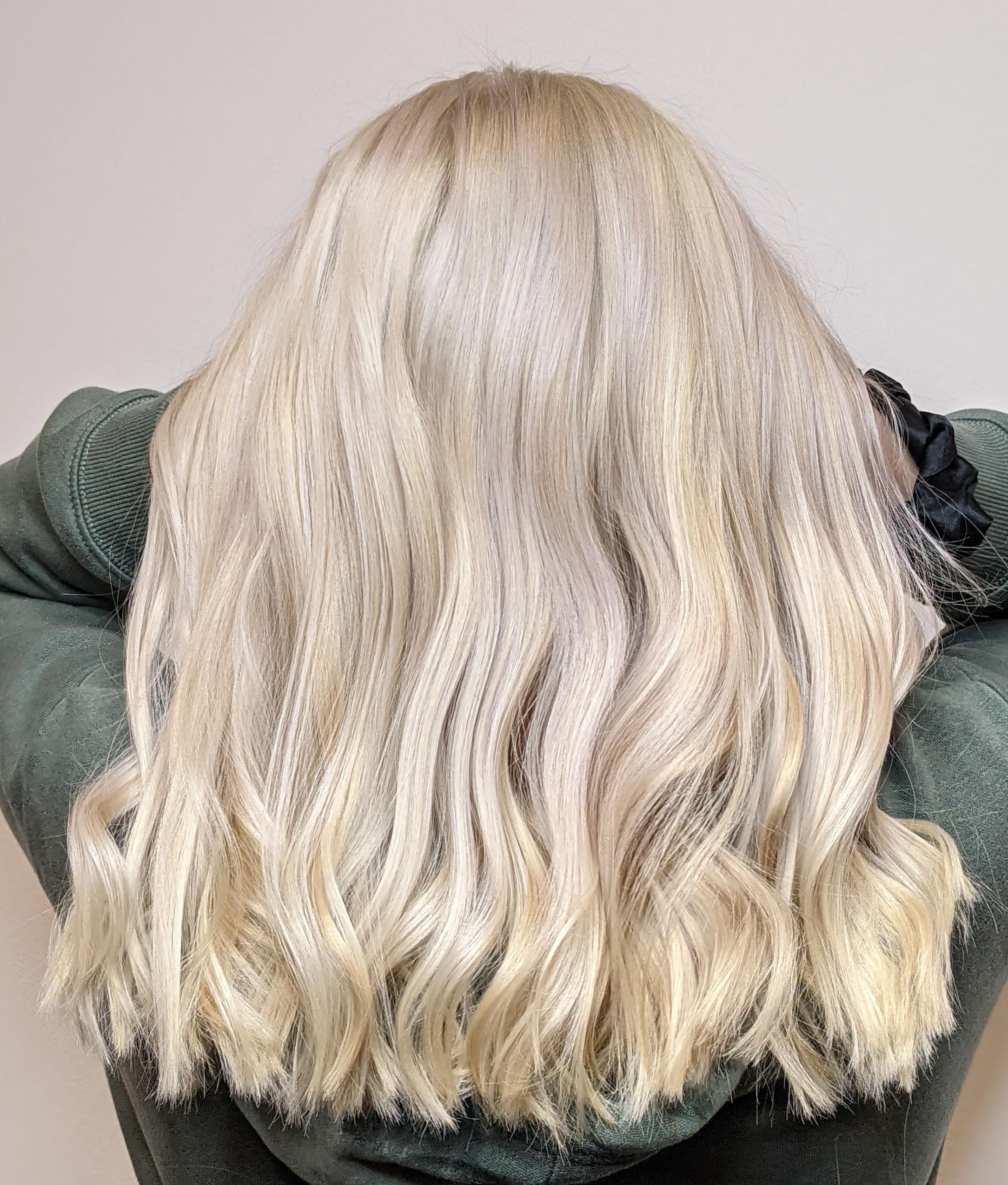 platnium-blonde-hair-color